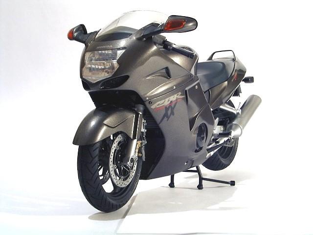 Honda CBR-1100 XX Super Blackbird